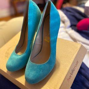 a lovely blue heel